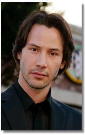 Actor Keanu Reeves star of the new film 'The Matrix Reloaded' poses at the film's premiere in Los Angeles May 7, 2003. Reeves portrays Neo in the film which also stars Laurence Fishburne and opens May 15 in the United States. REUTERS/Fred Prouser