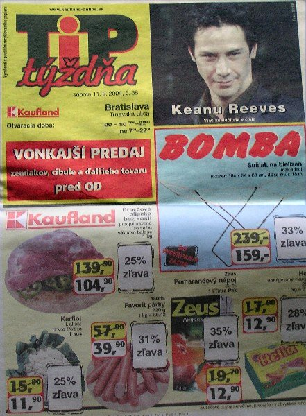 keanu_in_hypermarket.jpg